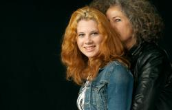 images/Fotos/Portraits/Familie/thumbs//farbspektrum-familie-mother-portrait.jpg
