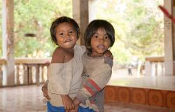 images/Fotos/Reisen/Kambodscha/thumbs//farbspektrum-girls.jpg
