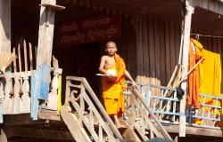 images/Fotos/Reisen/Kambodscha/thumbs//farbspektrum-moenchsjunge.jpg