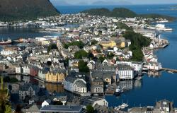 images/Fotos/Reisen/Norwegen/thumbs//farbspektrum-Jungestil-Alesund.jpg