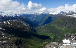 images/Fotos/Reisen/Norwegen/thumbs//farbspektrum-Norwegen-Aussicht-Geiranger.jpg